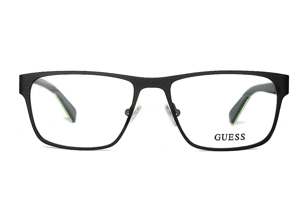 Guess 0052
