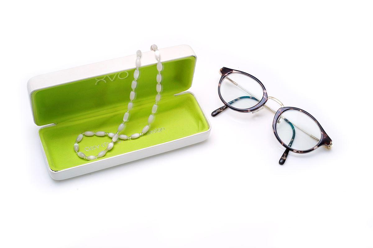 白色串珠眼镜炼5